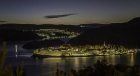 Natt over Oskarsborg (Foto: Per Sibe)
